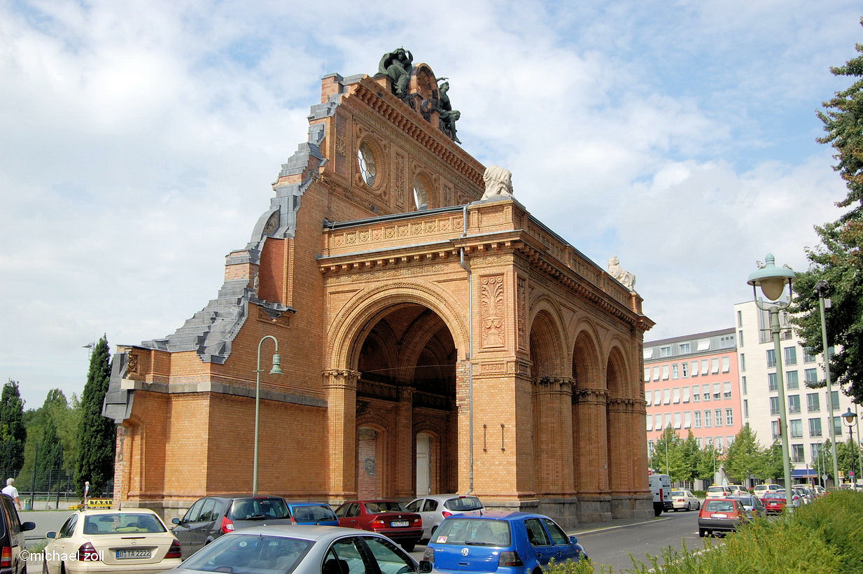 anhalter bahnhof spree athen. Black Bedroom Furniture Sets. Home Design Ideas
