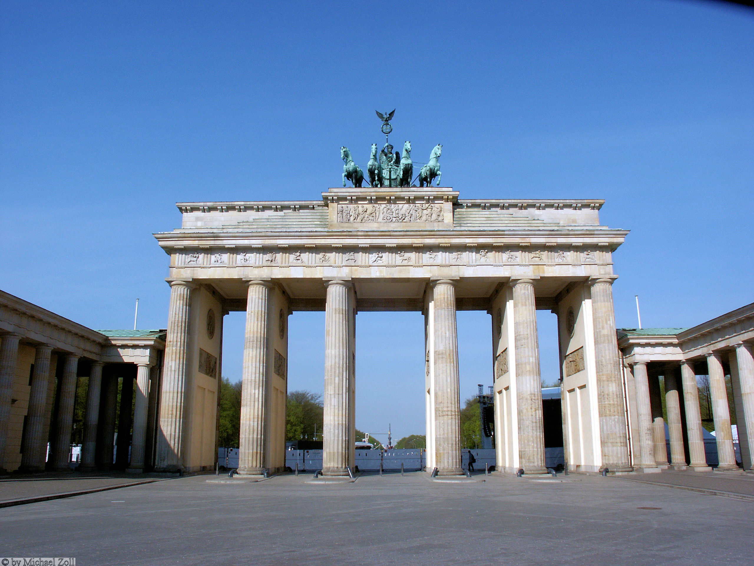 brandenburger tor spree athen. Black Bedroom Furniture Sets. Home Design Ideas